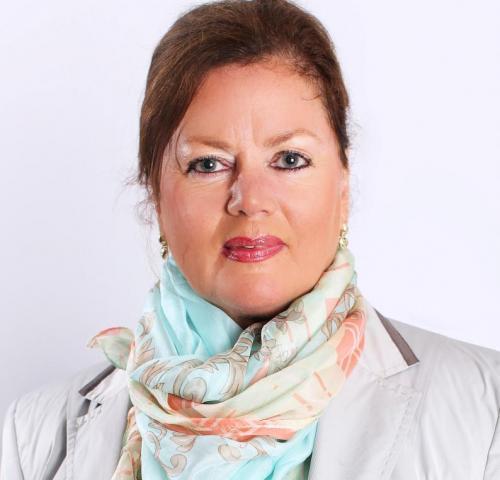 Christine Raths